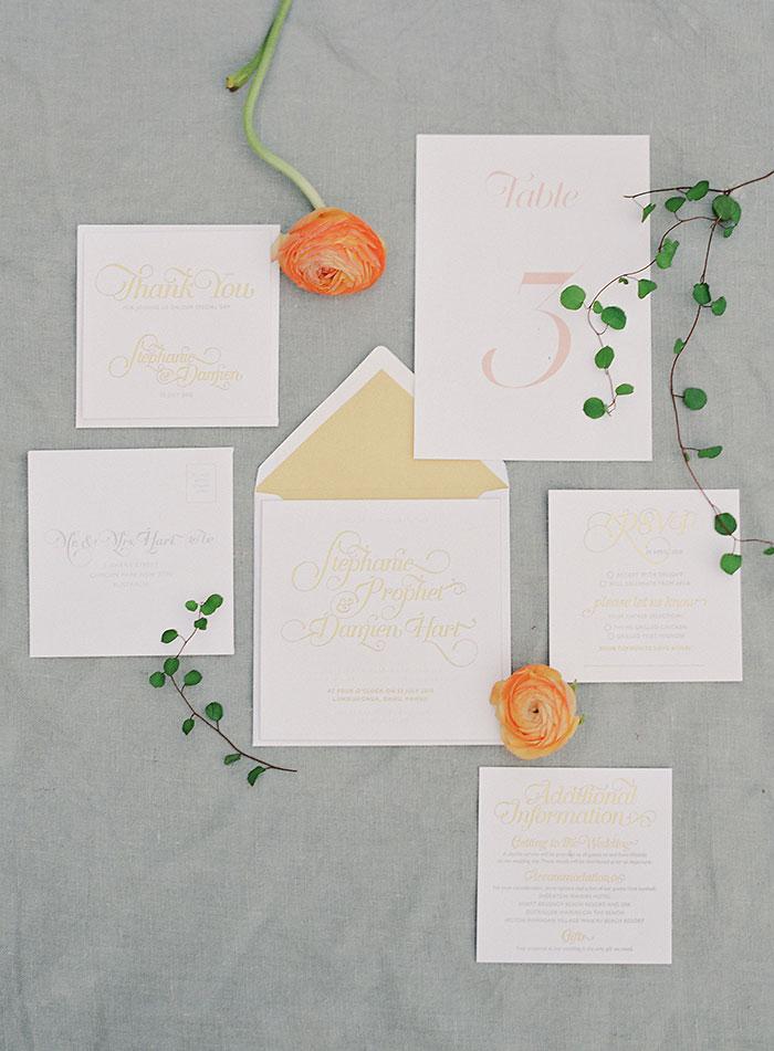 garden-ranunculus-peach-fresh-timeless-inspiration-shoot42