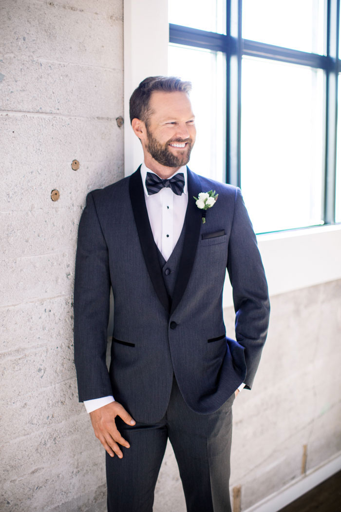 masculine-whiskey-inspired-gay-wedding-shoot46