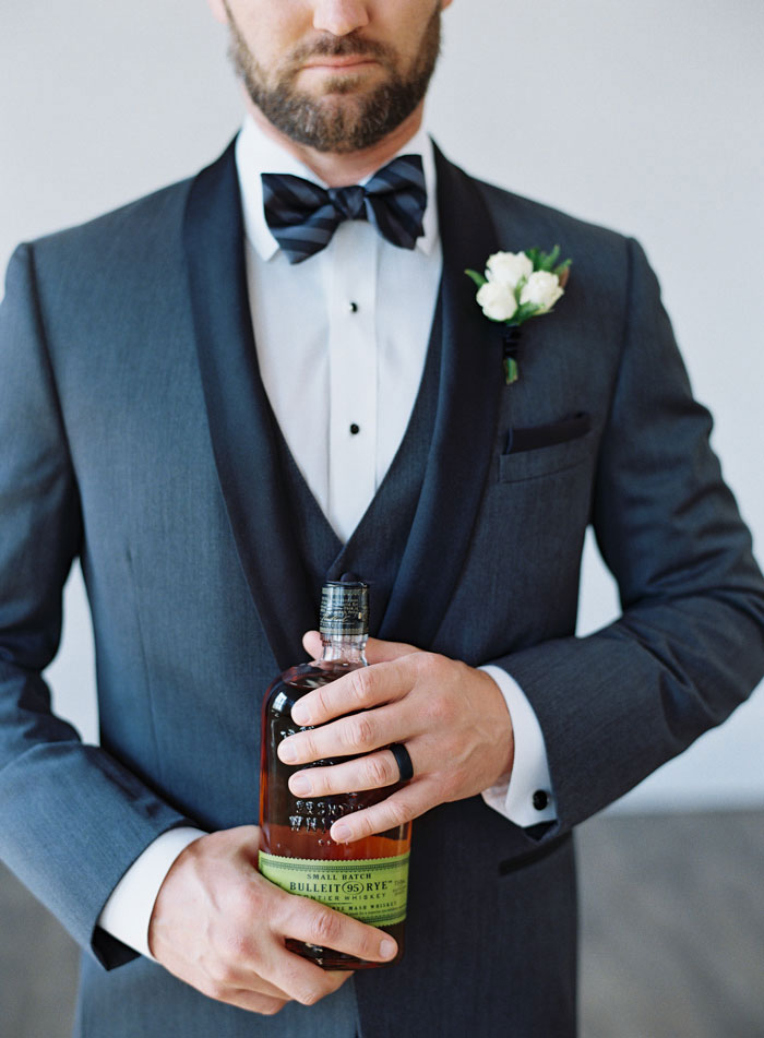 masculine-whiskey-inspired-gay-wedding-shoot48