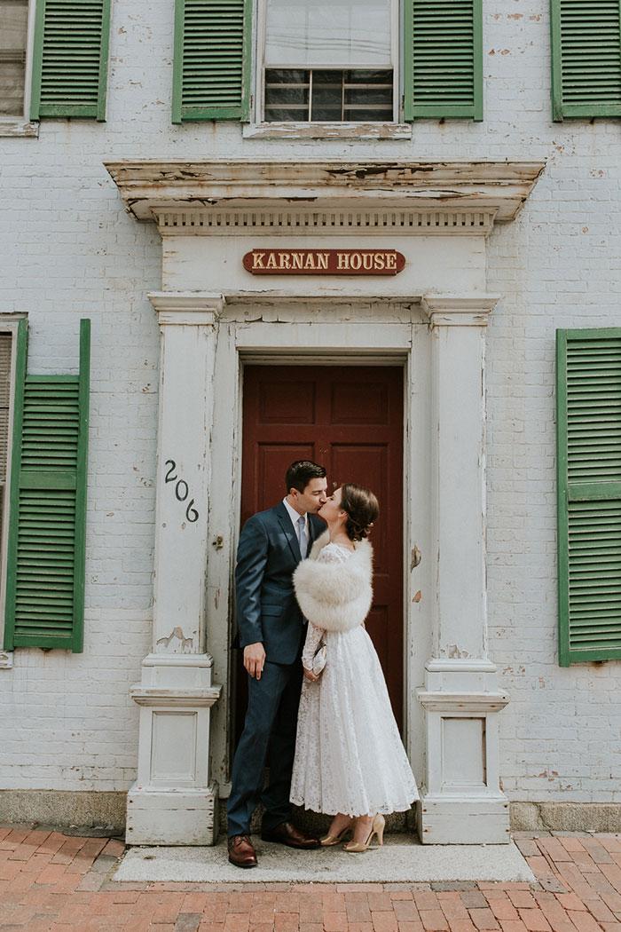 new-hampshire-backyard-vintage-colorful-wedding-inspiration13