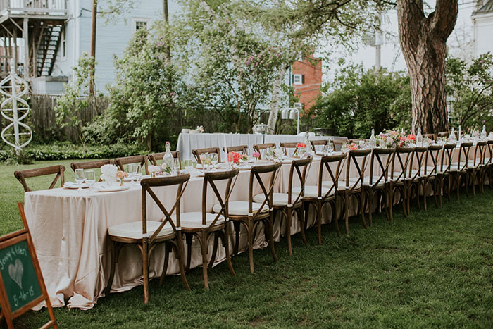 new-hampshire-backyard-vintage-colorful-wedding-inspiration20