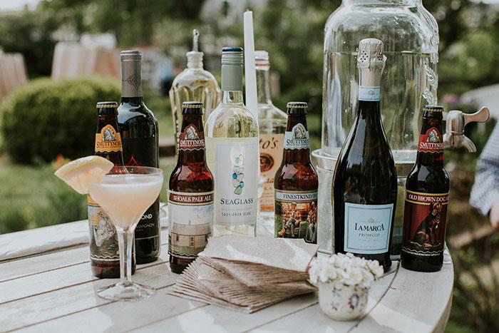 new-hampshire-backyard-vintage-colorful-wedding-inspiration25
