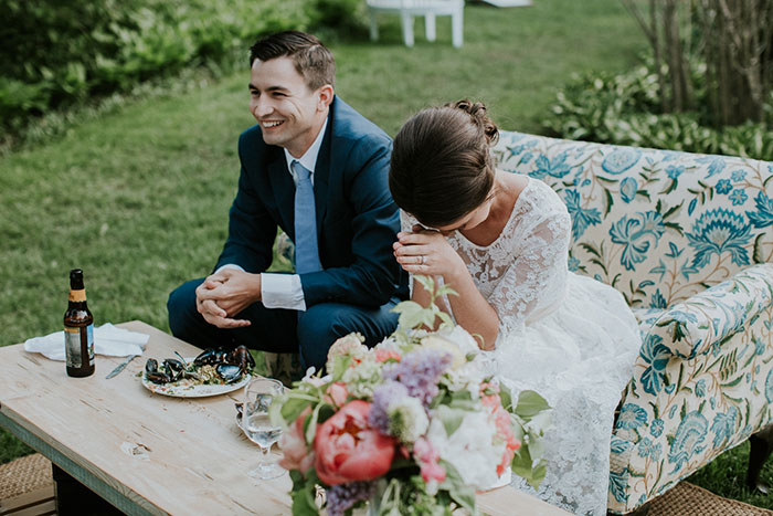 new-hampshire-backyard-vintage-colorful-wedding-inspiration48