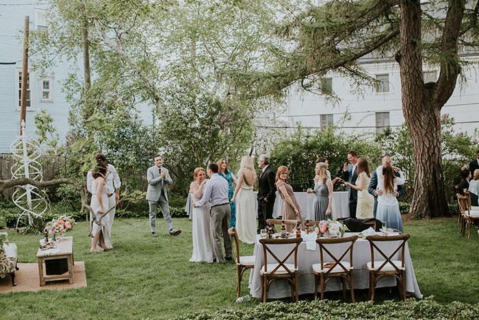 new-hampshire-backyard-vintage-colorful-wedding-inspiration58