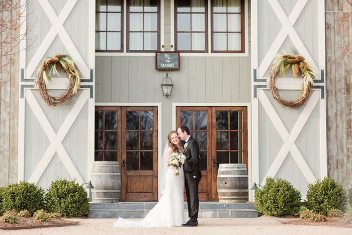 pippin-hill-farm-and-vineyards-virginia-rustic-elegant-wedding-inspiration10