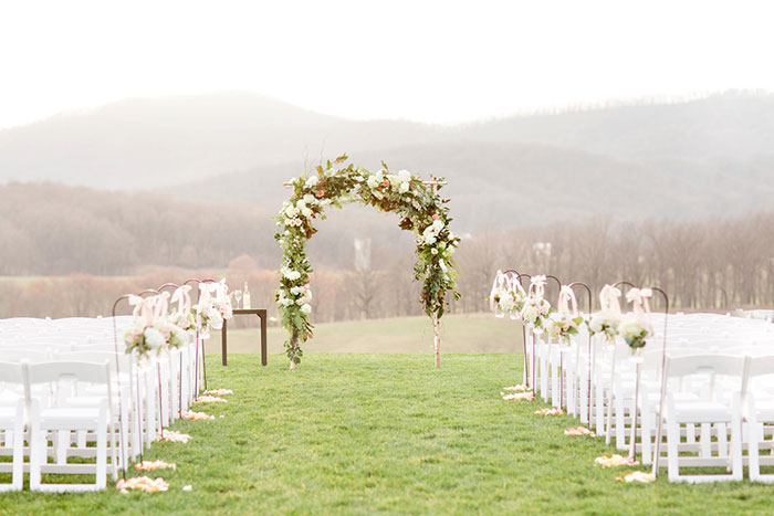 pippin-hill-farm-and-vineyards-virginia-rustic-elegant-wedding-inspiration32