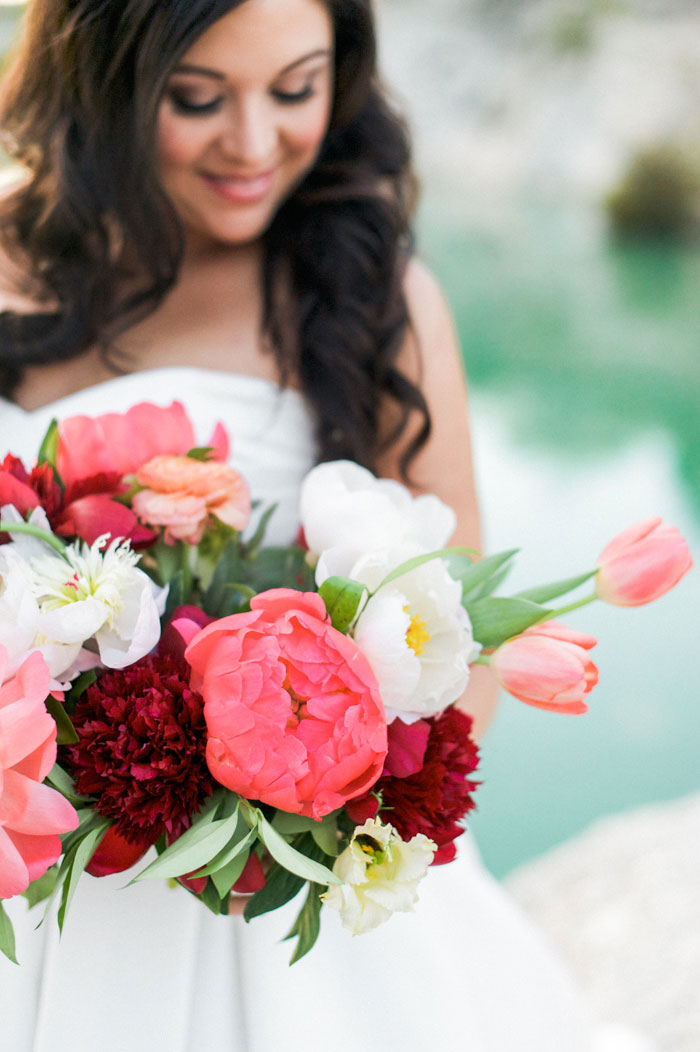 quarry-elopement-pink-peonies-aqua-inspiration27