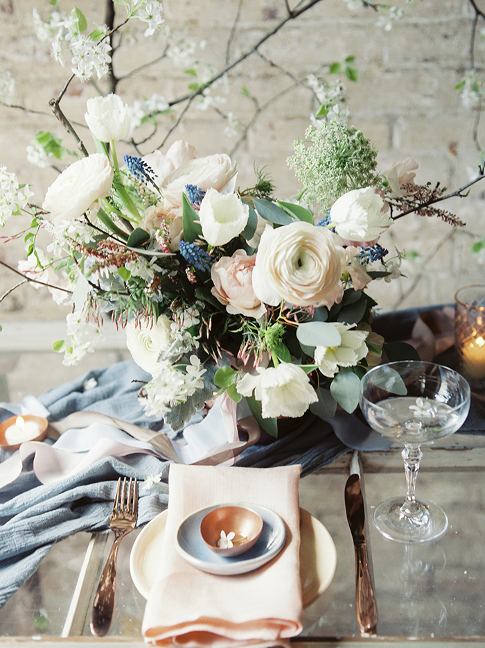 serenity-quartz-pantone-copper-marble-wedding-inspiration06