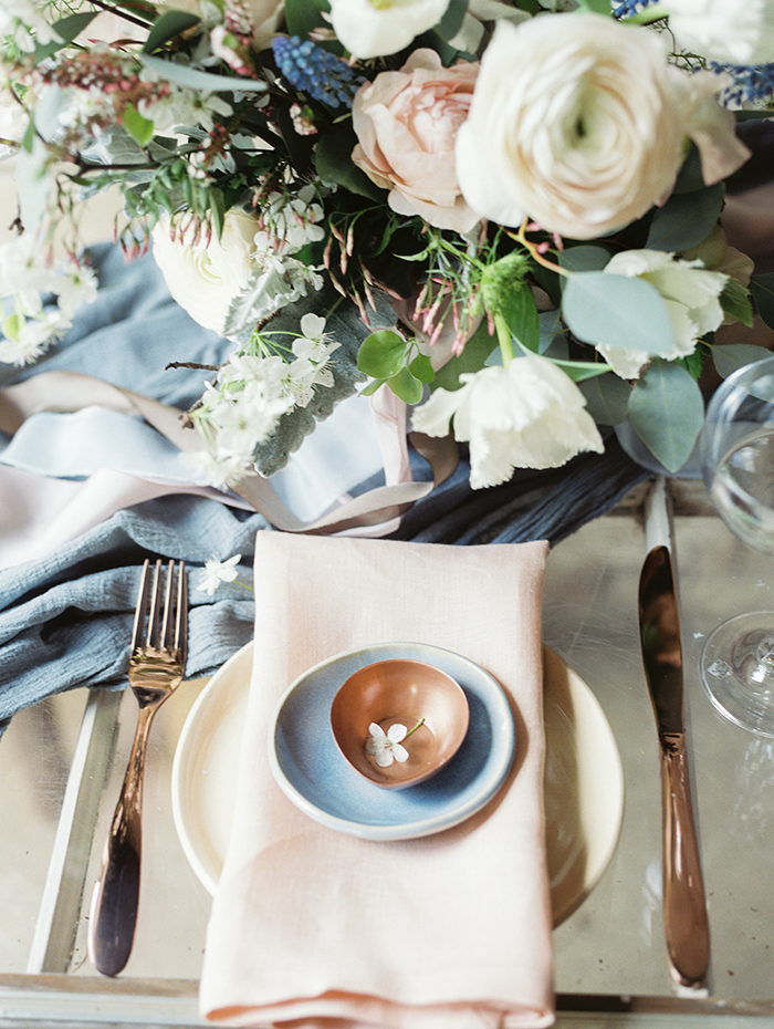 serenity-quartz-pantone-copper-marble-wedding-inspiration26