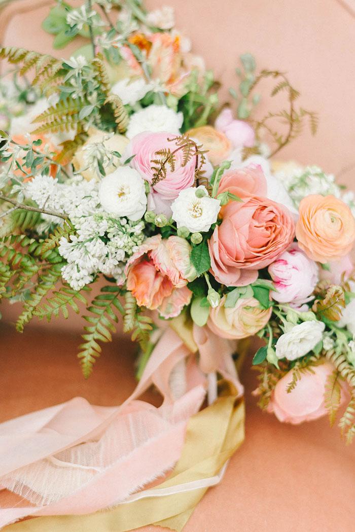 soft-blush-peach-feminie-tulle-inspiration-shoot06