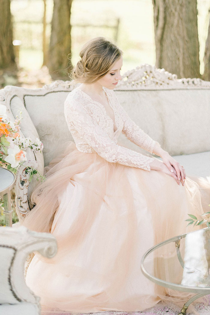 soft-blush-peach-feminie-tulle-inspiration-shoot44