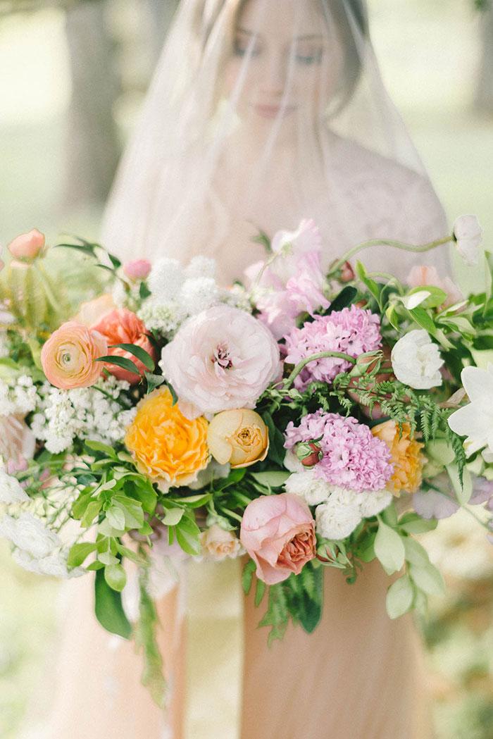 soft-blush-peach-feminie-tulle-inspiration-shoot59