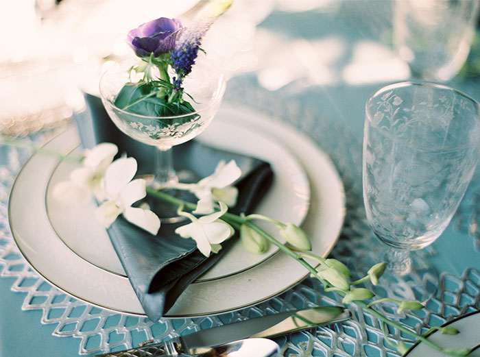 sweet-serenity-blue-floral-inspiration-shoot27
