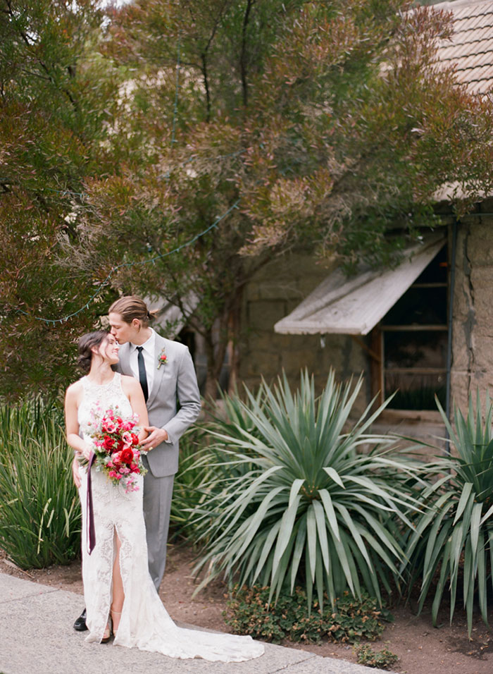 temecula-creek-inn-rustic-romance-pink-olive-branch-wedding-inspiration31