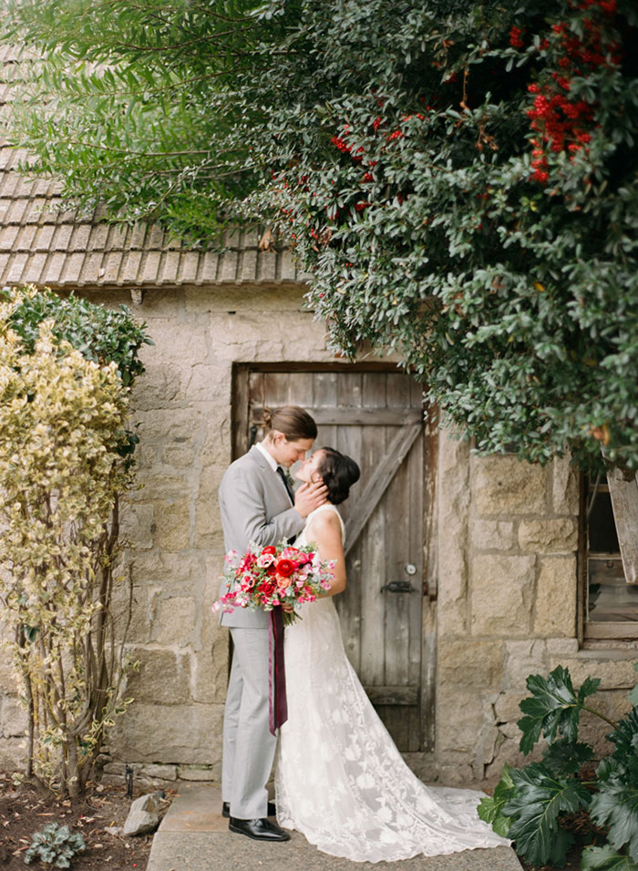 temecula-creek-inn-rustic-romance-pink-olive-branch-wedding-inspiration40