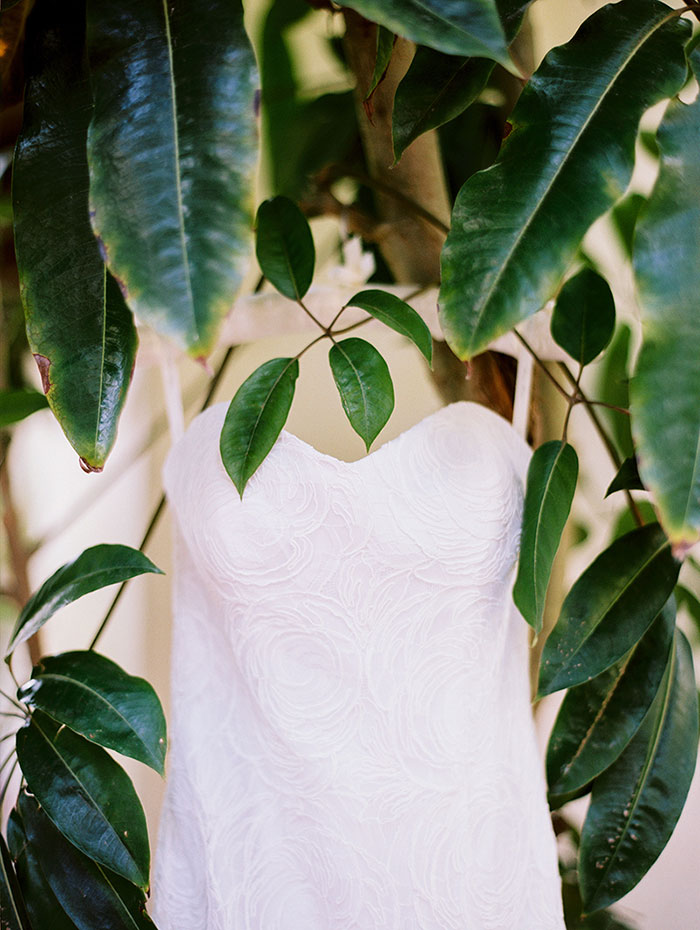 Four-Seasons-Santa-Barbara-elegant-oceanfront-wedding-inspiration02