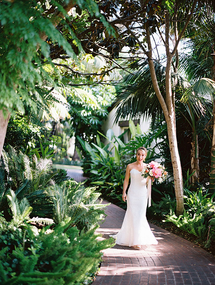Four-Seasons-Santa-Barbara-elegant-oceanfront-wedding-inspiration29