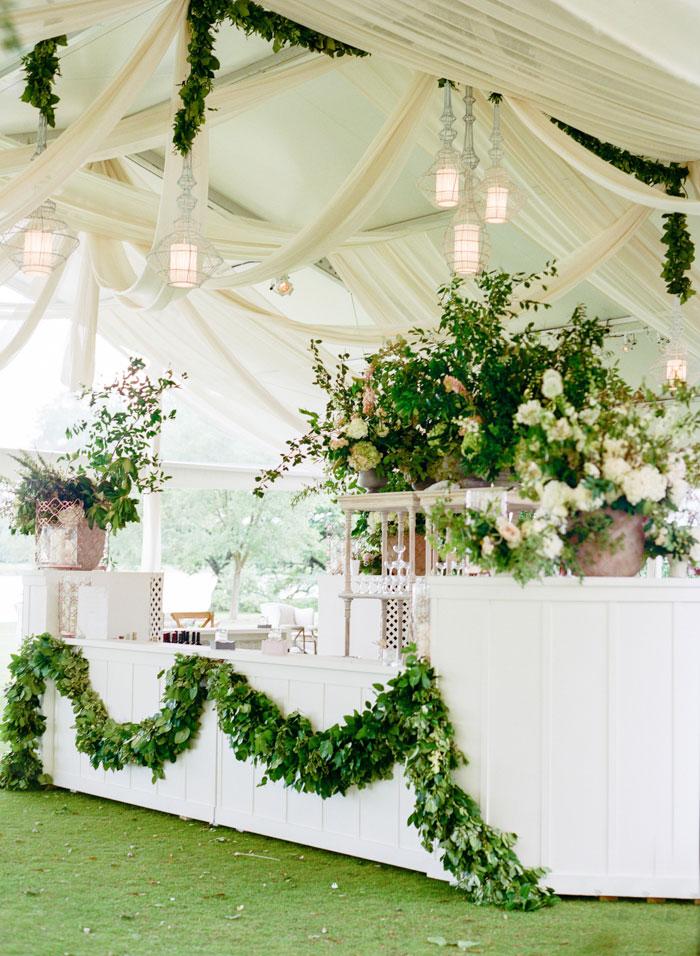 Houston-Oaks-Country-Club-white-romantic-wedding-inspiration01