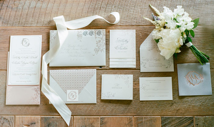 Houston-Oaks-Country-Club-white-romantic-wedding-inspiration04