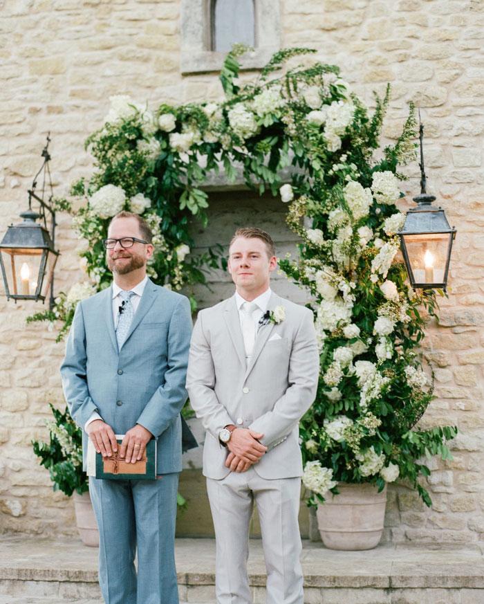 Houston-Oaks-Country-Club-white-romantic-wedding-inspiration13