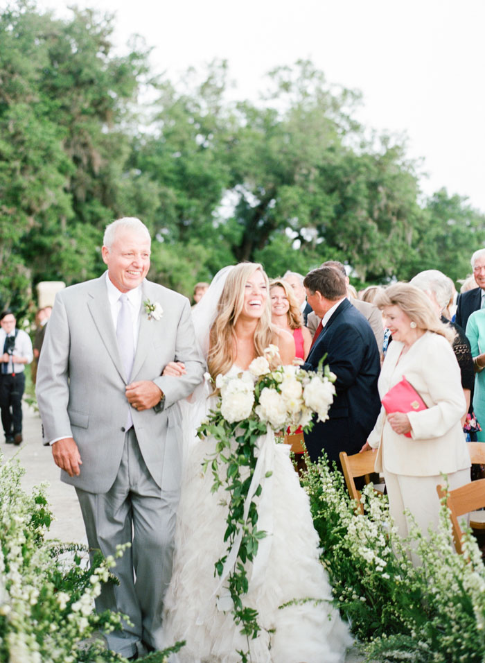 Houston-Oaks-Country-Club-white-romantic-wedding-inspiration22