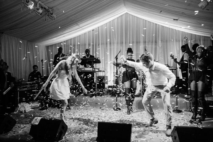 Houston-Oaks-Country-Club-white-romantic-wedding-inspiration30