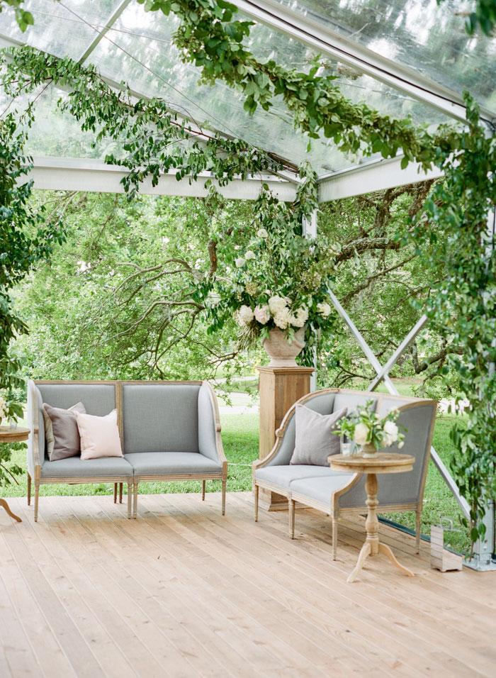 Houston-Oaks-Country-Club-white-romantic-wedding-inspiration35