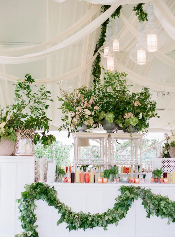 Houston-Oaks-Country-Club-white-romantic-wedding-inspiration36