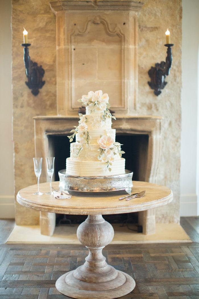 Houston-Oaks-Country-Club-white-romantic-wedding-inspiration52