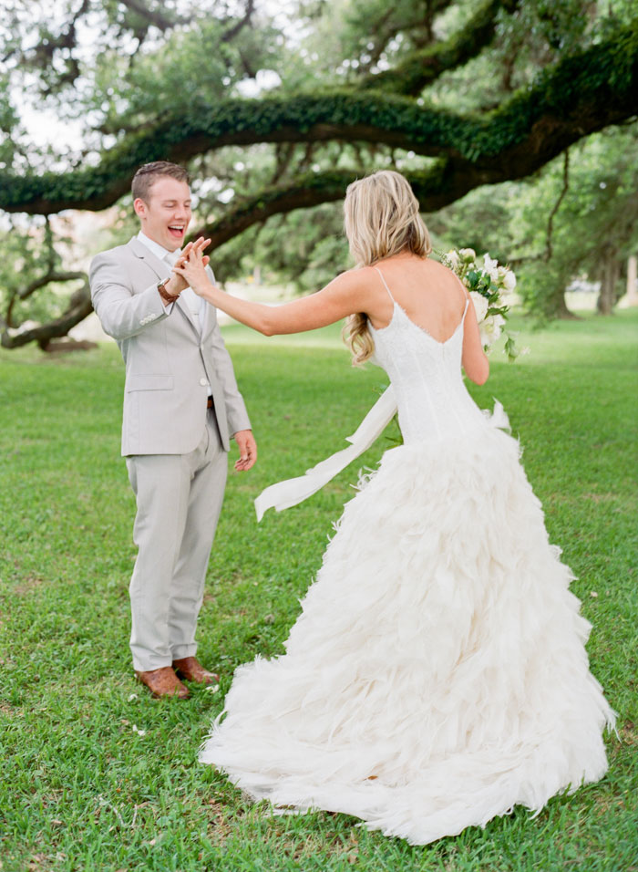 Houston-Oaks-Country-Club-white-romantic-wedding-inspiration83