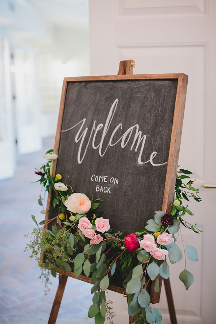 Ribault-Club-modern-geometry-floral-wedding-inspiration11