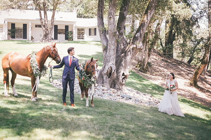 Thomas-Fogarty-Winery-horse-equine-derby-inpsired-wedding-inspiration03