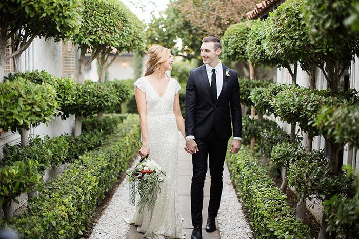 avalon-hotel-palm-springs-modern-wedding-inspiration22