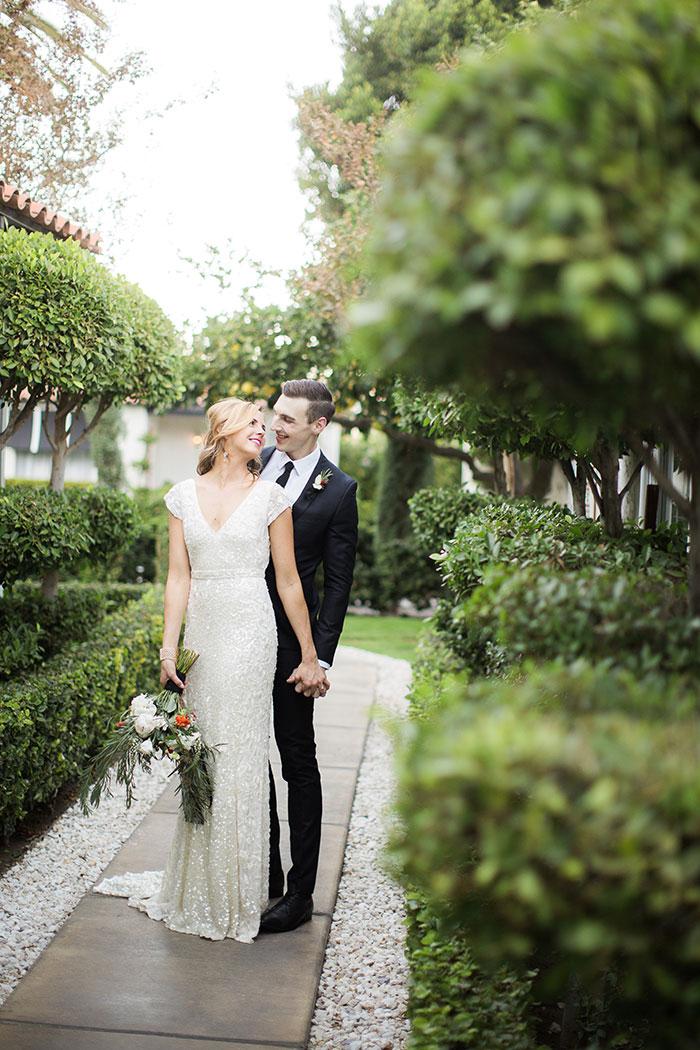 avalon-hotel-palm-springs-modern-wedding-inspiration23