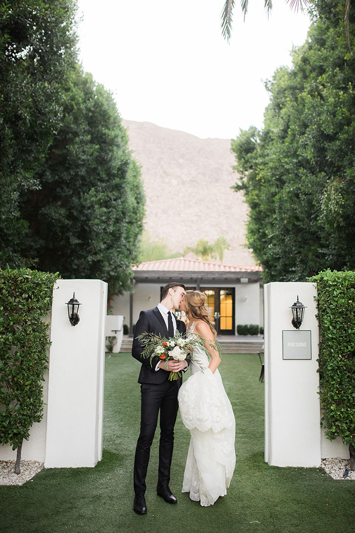 avalon-hotel-palm-springs-modern-wedding-inspiration36