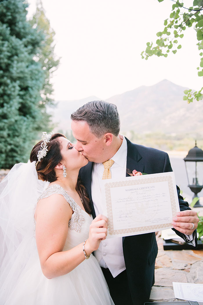 blue-boar-inn-midway-utah-romantic-blue-red-rose-wedding-rustic-glam-inspiration60