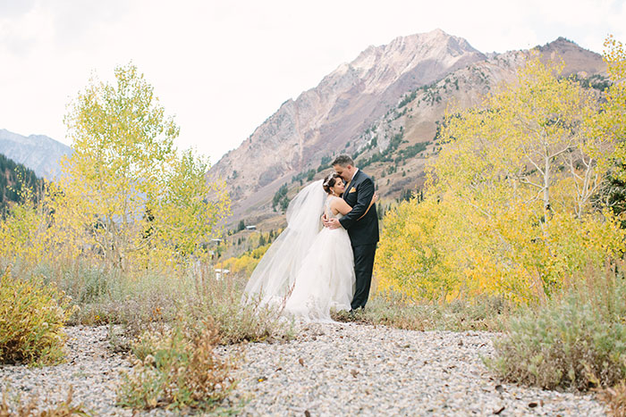 blue-boar-inn-midway-utah-romantic-blue-red-rose-wedding-rustic-glam-inspiration73