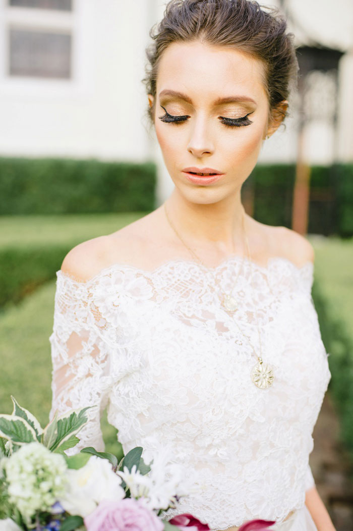 french-quarter-new-orleans-romantic-old-world-lavender-wedding-inspiration00