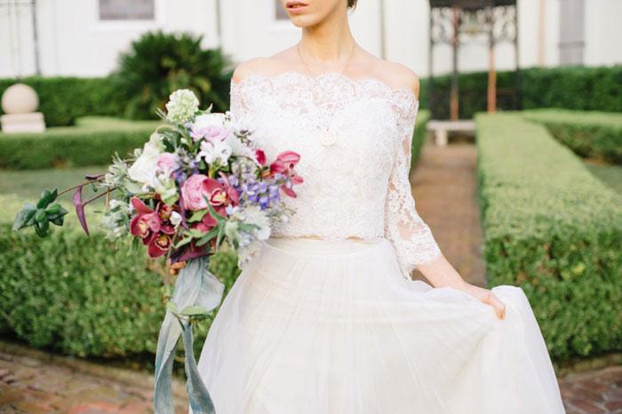 french-quarter-new-orleans-romantic-old-world-lavender-wedding-inspiration02