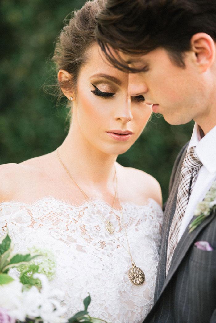 french-quarter-new-orleans-romantic-old-world-lavender-wedding-inspiration27