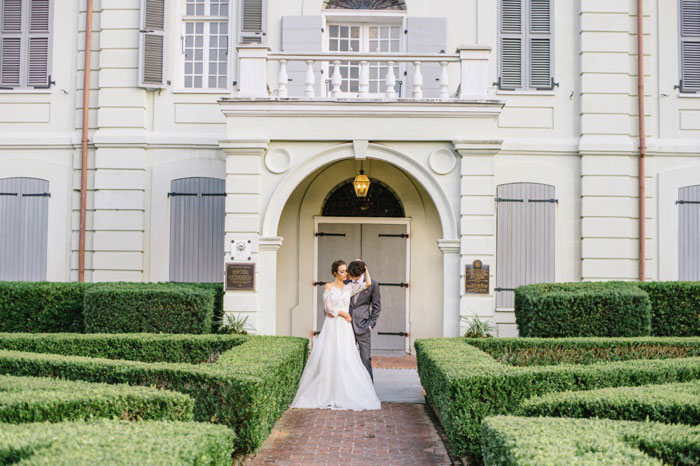 french-quarter-new-orleans-romantic-old-world-lavender-wedding-inspiration39