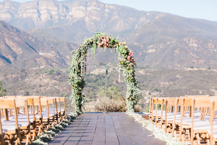 santa-paula-rustic-california-inspired-floral-wedding-inspiration12