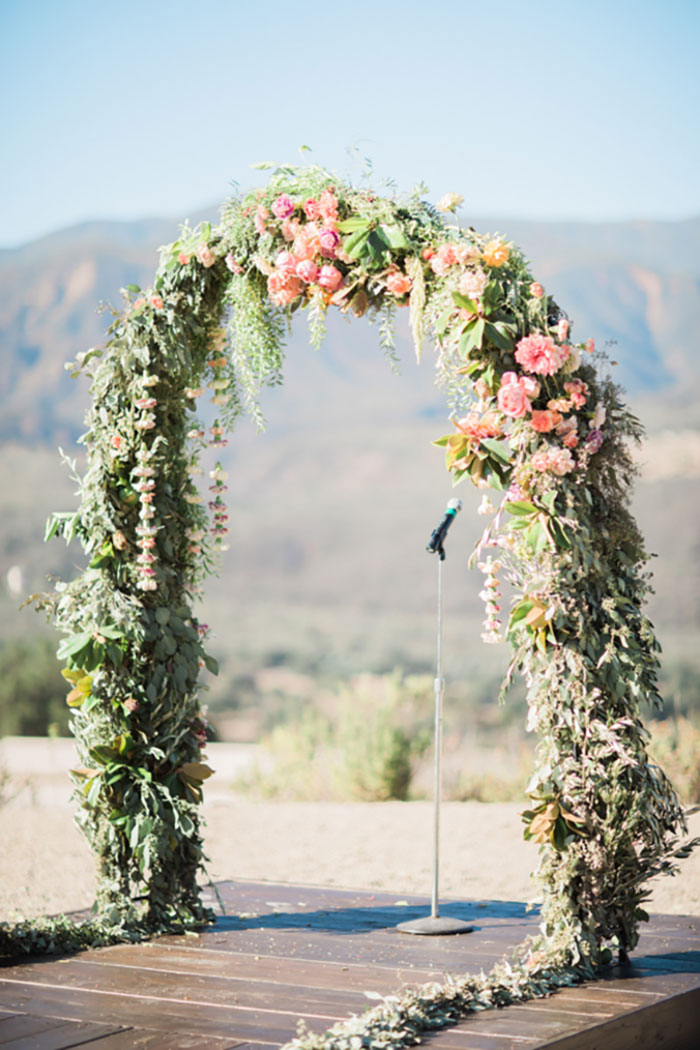 santa-paula-rustic-california-inspired-floral-wedding-inspiration13