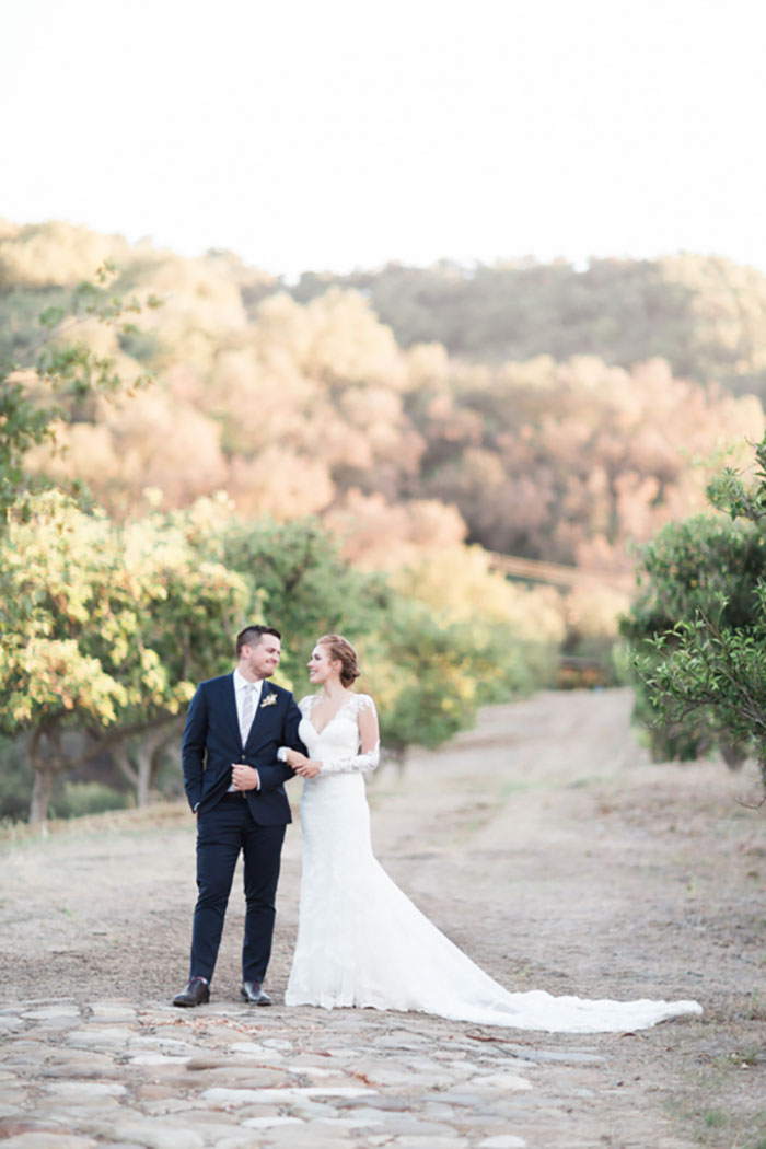 santa-paula-rustic-california-inspired-floral-wedding-inspiration26