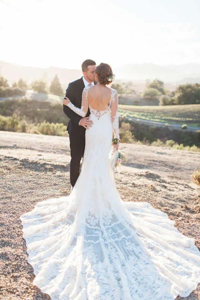 santa-paula-rustic-california-inspired-floral-wedding-inspiration47