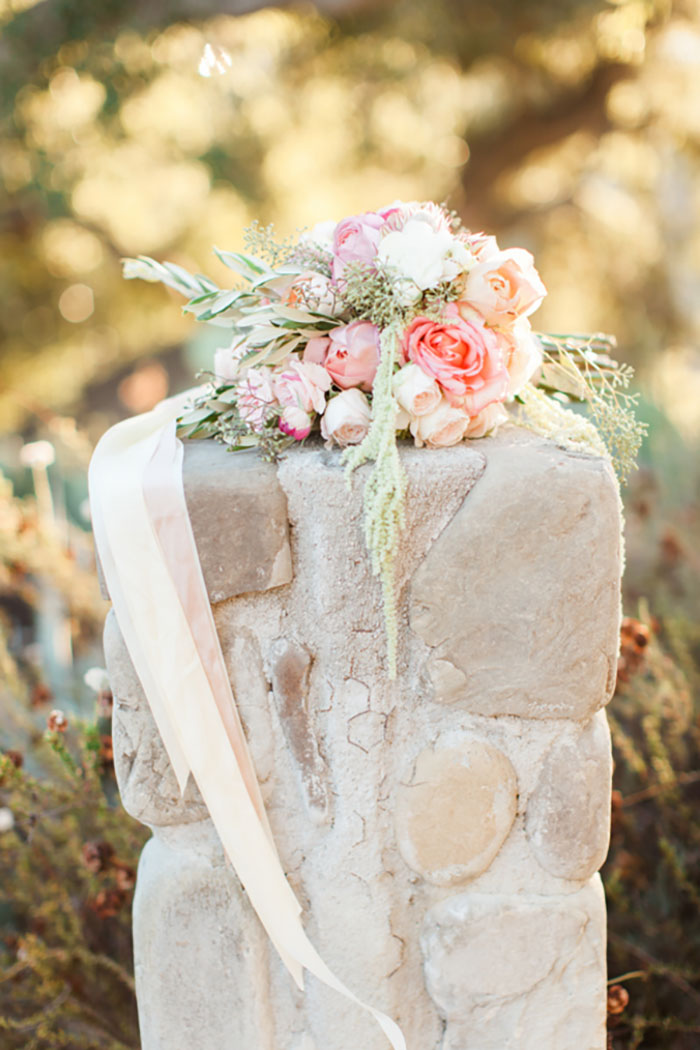 santa-paula-rustic-california-inspired-floral-wedding-inspiration48