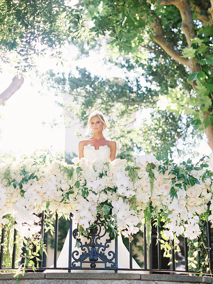 stonepine-estate-elegant-white-floral-wedding-inspiration04