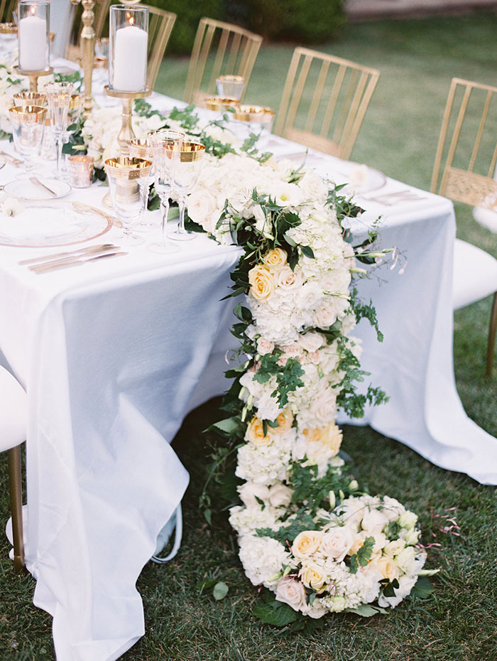 stonepine-estate-elegant-white-floral-wedding-inspiration18