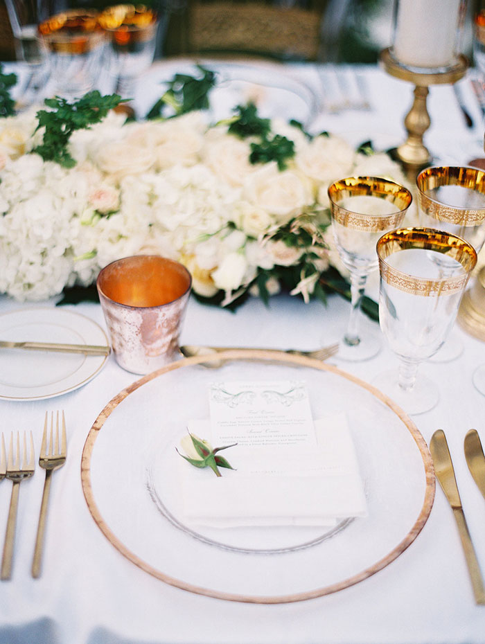 stonepine-estate-elegant-white-floral-wedding-inspiration21