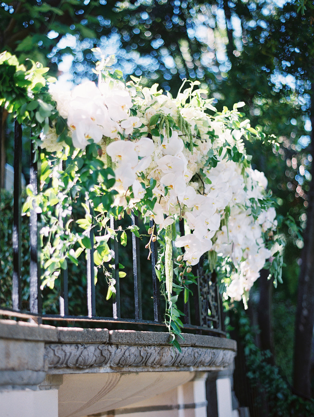 stonepine-estate-elegant-white-floral-wedding-inspiration44